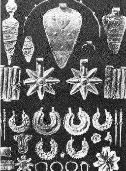 Золотые изделия позднего бронзового века из Телль-эль-Аджжула