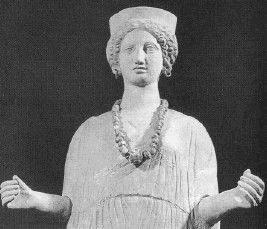 Женская полуфигура. Конец IV– начало III в. до н. э.
